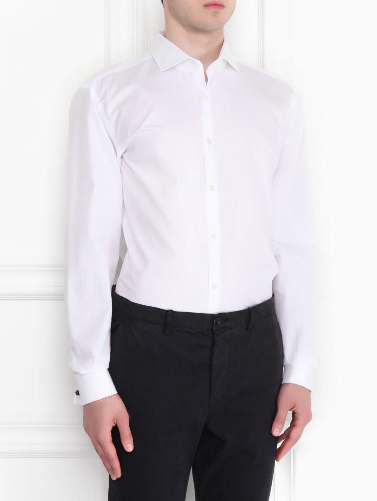 Бестселлер 2014 года – белая рубашка из хлопчатобумажной набивной ткани