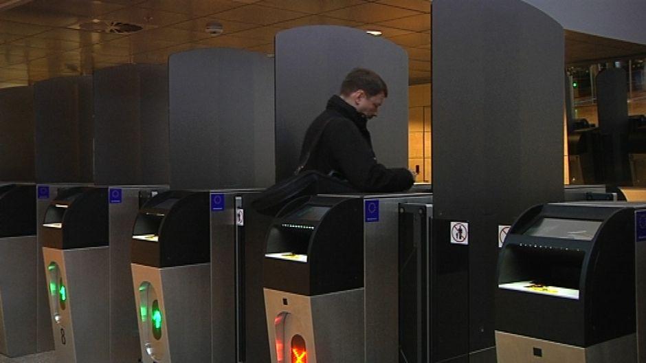 Автоматизированный паспортный контроль в Западном терминале порта Хельсинки теперь доступен для российских пассажиров