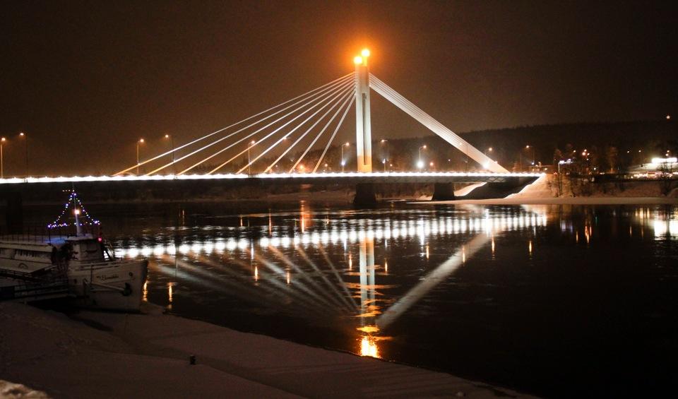 Старинный мост «Свеча сплавщика» в Рованиеми