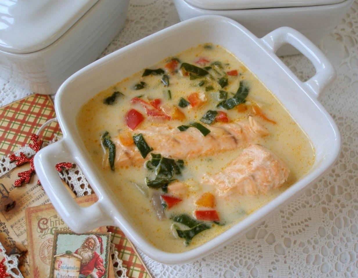 Сырный суп с семгой