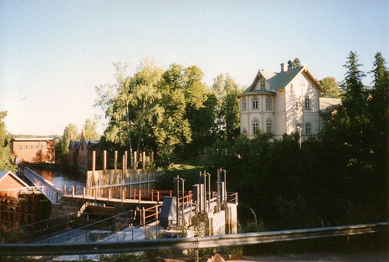 Деревоперерабатывающая фабрика в Верле