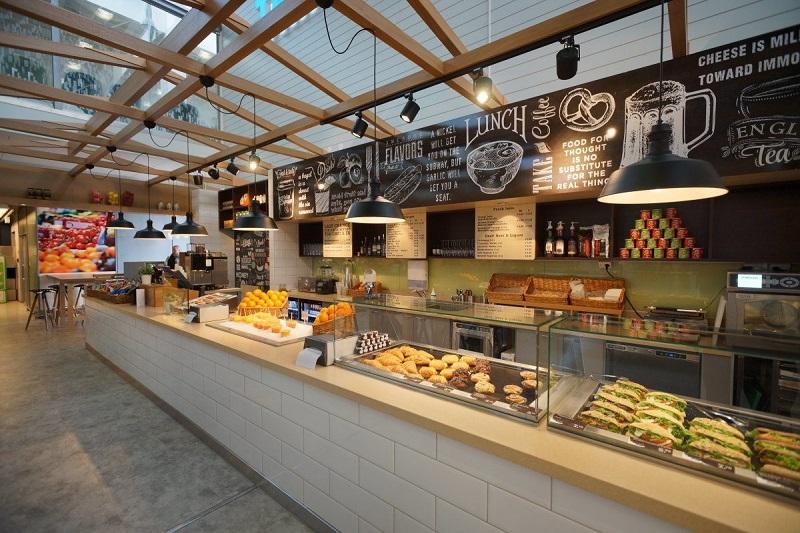 Кафе в аэропорту Хельсинки