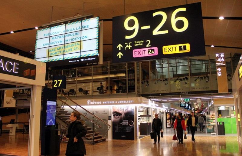 Аэропорт Хельсинки информативное табло
