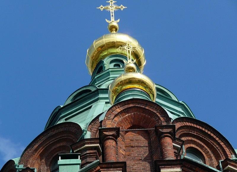 Купола Успенского собора в Хельсинки
