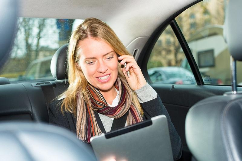 Пассажир в финском такси