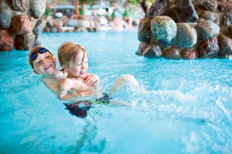 Детский отдых в аквапарке