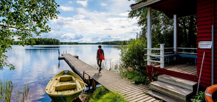 Расскажем, как спланировать недорогой отдых в Финляндии. О путешествии на личном авто, автобусах, необходимых документах и горящих турах.