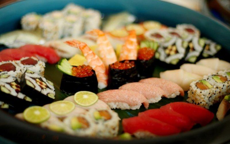 Круизы на пароме из Санкт-Петербурга в Финляндию суши бар