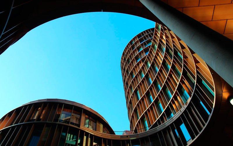 Современный арт-объект в Хельсинки центр